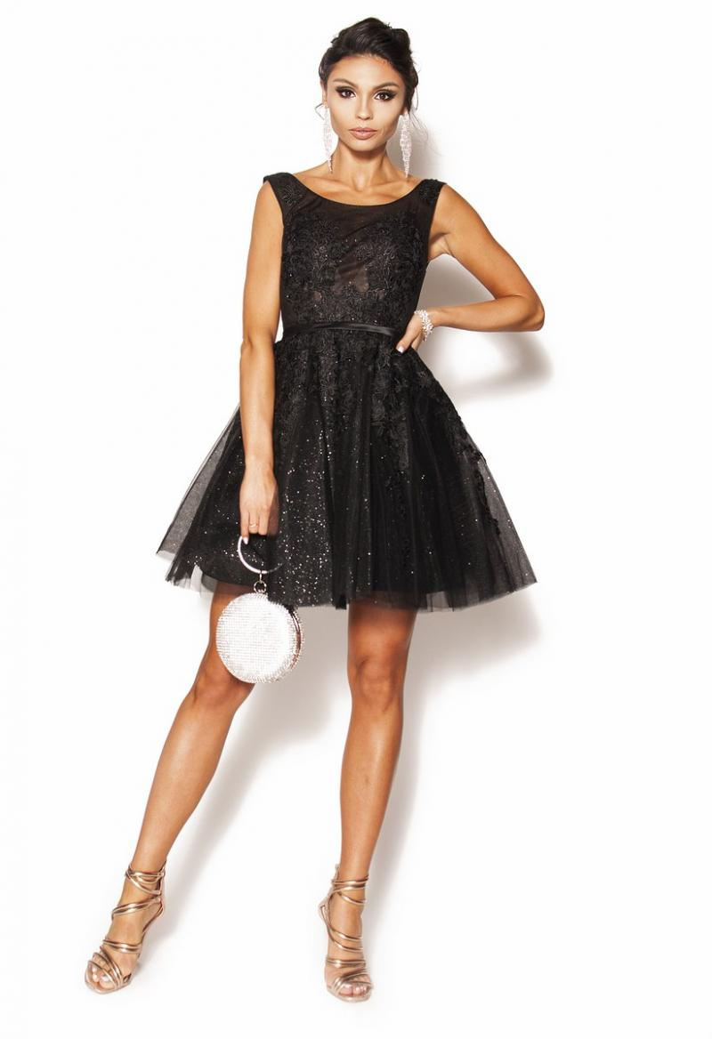 49caae58 Czarna zdobiona rozkloszowana sukienka Model: PW-2825