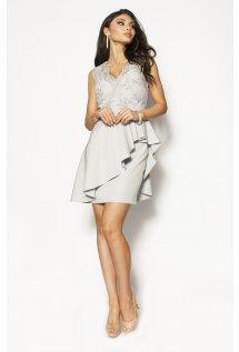 ba5de774ec11 Piękna szara sukienka mini z baskinką Model  KM-3014