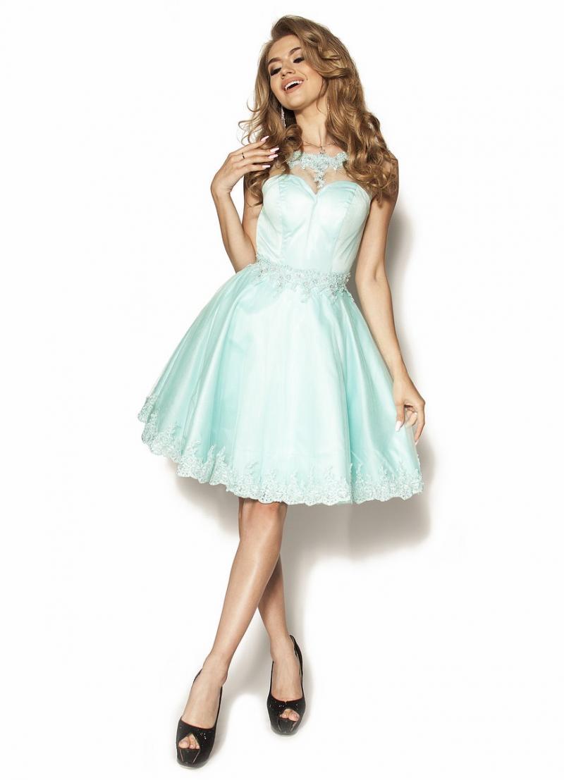 2fbb988eac Miętowa rozkloszowana sukienka z kolią Model  PW-3099  369.00zł ...