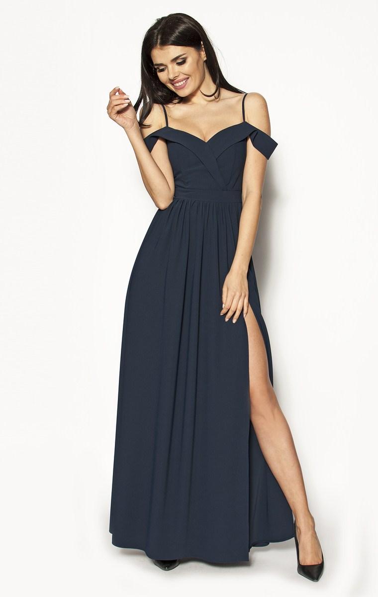 5d52631daa Granatowa długa sukienka z rozcięciem na nogę Model  KM-2922  295.00 ...