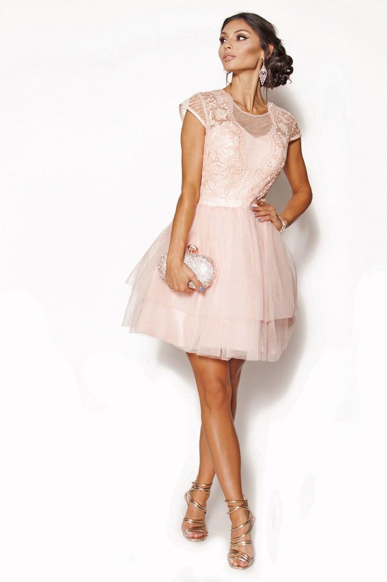 a157d68016 Subtelna rozkloszowana sukienka mini w kolorze brzoskwiniowym Model  PW-3435