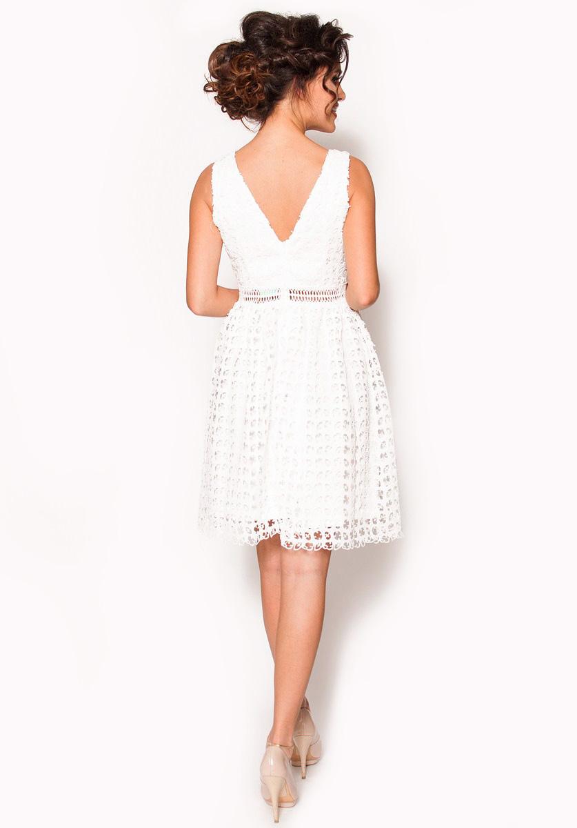 d2fb415413 Biała delikatna sukienka mini Model  IP-3920  195.00zł  - Mini ...